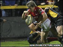 Martin Roberts started the Scarlets fightback