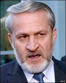 Akhmed Zakayev (file)