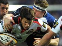 Jamie Heaslip tackles Hugo Southwell
