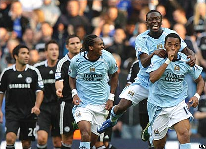 Deco, John Terry, Frank Lampard, Chelsea (black); Jo, Shaun Wright-Phillips, Robinho, Manchester City (blue)