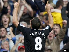 Frank Lampard celebrates his strike for Chelsea against Man City
