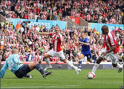 Tim Howard, Everton; Liam Lawrence, Ricardo Fuller, Stoke City
