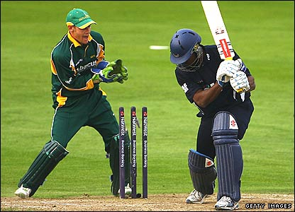 Dwayne Smith is bowled by Notts spinner Graeme Swann