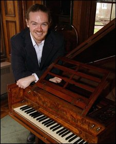 Dr Kenny McAlpine and harpsichord, Kenny McAlpine