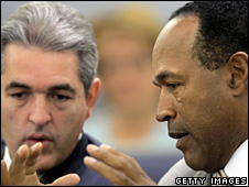 Defence lawyer Gabriel Grasso and OJ Simpson in court (15 September 2008)