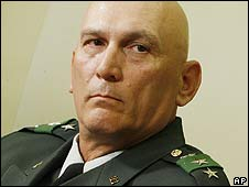 Lt Gen Raymond Odierno (file photo)a