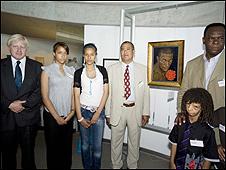 Boris Johnson joins the Oyebola family to unveil the painting