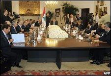 Lebanese faction leaders meet in Beirut