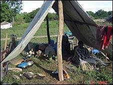 Displaced Tamils near Kilinochchi