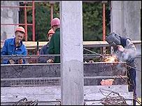 Строители за работой