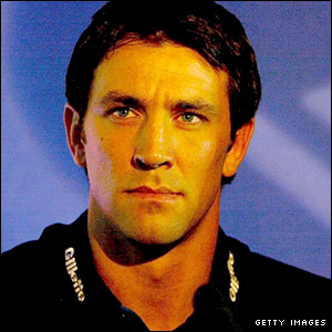 Paul Sculthorpe is unveiled as Great Britain's new captain in 2005