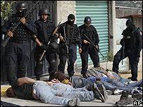 Policías detienen a supuestos secuestradores el 2 de septiembre en Ciudad de México