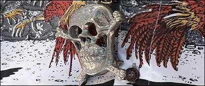 Calaveras de plata, en la iconograf�a del narco