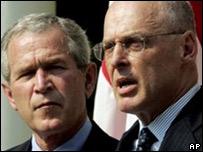 George W. Bush y Herny Paulson