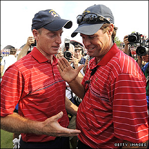 Jim Furyk (left) and Paul Azinger