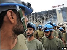 Rescuers in Islamabad, 21/09