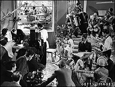 The Lavender Hill Mob being filmed at Ealing Studios