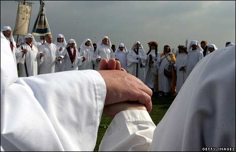 Members of the Druid Order of London celebrate the Autumn Equinox