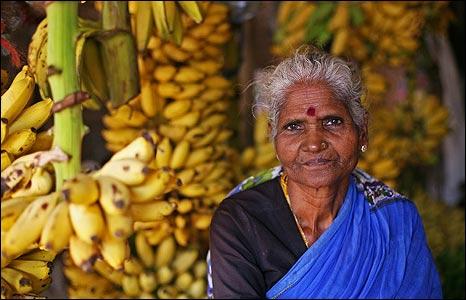Fruit seller in Kilinochchi