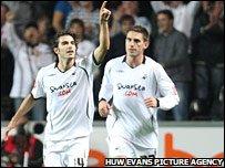 Jordi Gomez celebrates his goal
