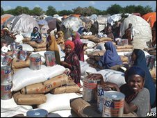 Displaced Somalis at a camp 20km from Mogadishu, 20 September 2008