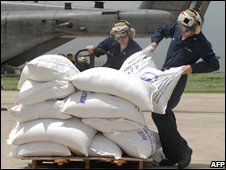 US military deliver rice to Haiti