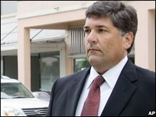 Guido Antonini arrives at the Miami courthouse on 23 September 2008