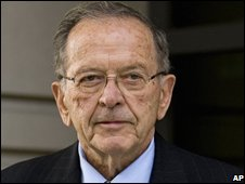 Ted Stevens outside federal court on 24 September 2008