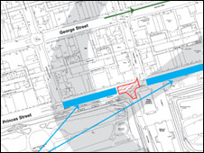 The Mound junction (red) Blue areas parts of Princes Street closed to traffic