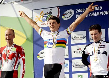 Bert Grabsch celebrates his gold medal