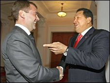 Russia's Dmitry Medvedev and Venezuela's Hugo Chavez, 26/09/08