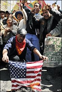 Manifestación contra EE.UU. en El Alto, Bolivia