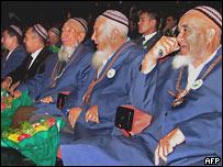 Члены Халк Маслахаты в Ашхабаде 27 сентября