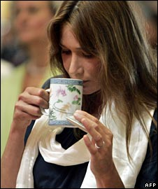 Carla Bruni Sarkozy drinking tea