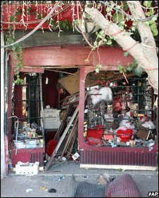 A bomb-damaged shop in Damascus, Syria (27/09/2008)