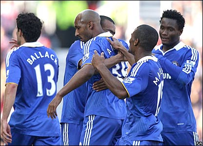 Nicolas Anelka and Chelsea celebrate