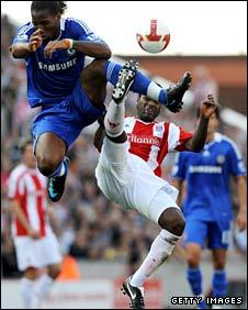 Didier Drogba leaps to deny Salif Diao