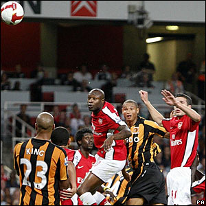 Daniel Cousin, Hull City; William Gallas and Robin Van Persie, Arsenal