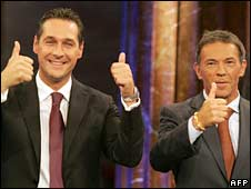 Leaders of Austria's far-right parties Heinz-Christian Strache (left) and Joerg Haider
