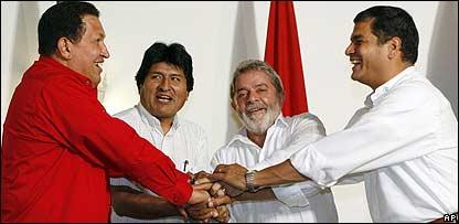 Presidentes Hugo Ch�vez, de Venezuela; Evo Morales, de Bolivia; Luiz In�cio Lula da Silva, de Brasil; y Rafael Correa, de Ecuador