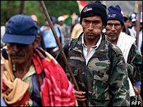 Simpatizantes del presidente Evo Morales marchan en el departamento opositor de Santa Cruz