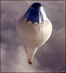 Fossett's craft soars over Australia on Aug. 16, 1998, shortly after traveling 10,480 miles and breaking his own record for distance in a balloon. 
