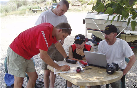 Search team looking for Steve Fossett in Bridgeport, California, in July 2008