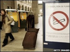 sign shows ban on cigarettes