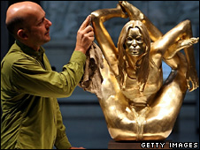 Marc Quinn with Siren, 2008