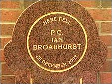 Pc Ian Broadhurst memorial stone
