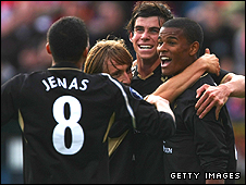 Fraizer Campbell, right, celebrates Spurs's vital goal with his team-mates