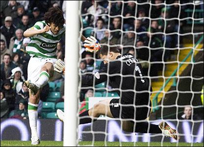 Celtic's Shunsuke Nakamura scores an early goal