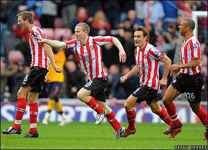 Grant Leadbitter celebrates scoring the opener for Sunderland