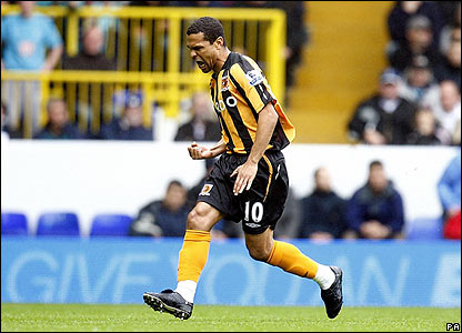 Geovanni celebrates giving Hull the lead at Spurs